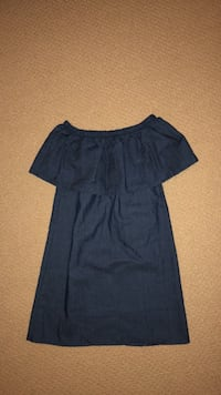 Size Small off the shoulder dress Toronto, M3H 2M2
