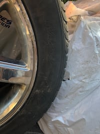 Cadillac Escalade All Season Radial tires with rims! Mississauga