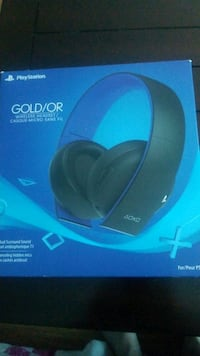 For sale!!!!Ps4 gold wireless headset  Halifax, B3K 3L4