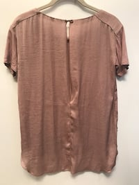 Aritzia Wilfred dusty rose blouse Burnaby, V5C 3Z3