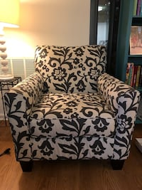 White and gray floral sofa chair Arlington, 22209