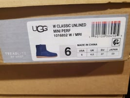 Brand New UGGS  woman size