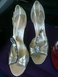 pair of silver-colored open-toe heels Bakersfield, 93306