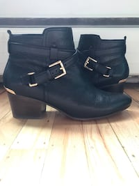 Genuine Coach booties New Westminster, V3L 1G8