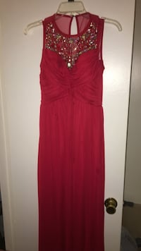 Red prom dress Damascus, 20872