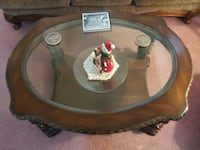 Very beautiful 2 tier coffee table Henderson, 89074