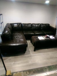 Leather couch with ottoman Palos Hills, 60465