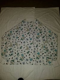 2XL scrubs tops (3)