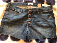 Women shorts never worn NEW SIZE 14 summer Laval, H7S 1Y3