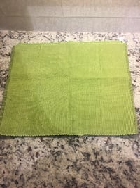 Green placemats.
