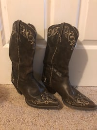 Cowgirl boots Nashville, 37208