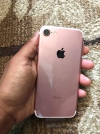 NEW iPhone 7 32 GB STILL IN PLASTIC Brampton, L6V 4P2
