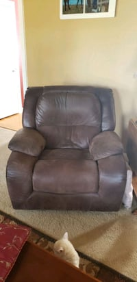 Faux leather recliner Suffolk, 23437