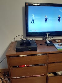 Xbox 360 with 1 game