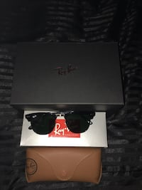 Black Ray-ban Clubmaster glasses Lewisville, 75067