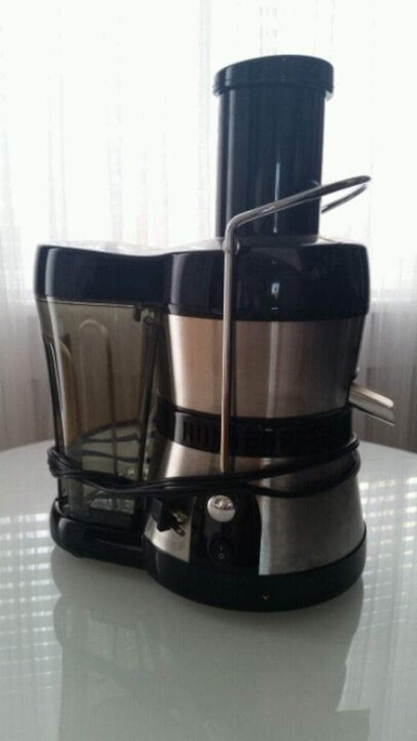 Power Juicer 6e5edcae-2e6e-40a6-8d85-09177282189f