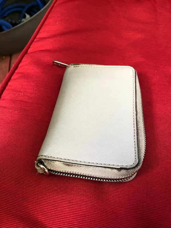 Mk authentic wallet  1