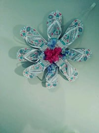 white and blue floral party favor 382 mi