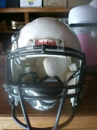 white and black Riddell football helmet Yucca Valley, 92284