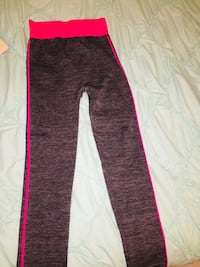 Pink and grey work out leggings Markham, L3P 2T5