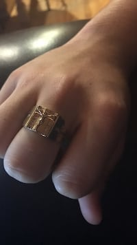 Gold plated crucifix ring size 12