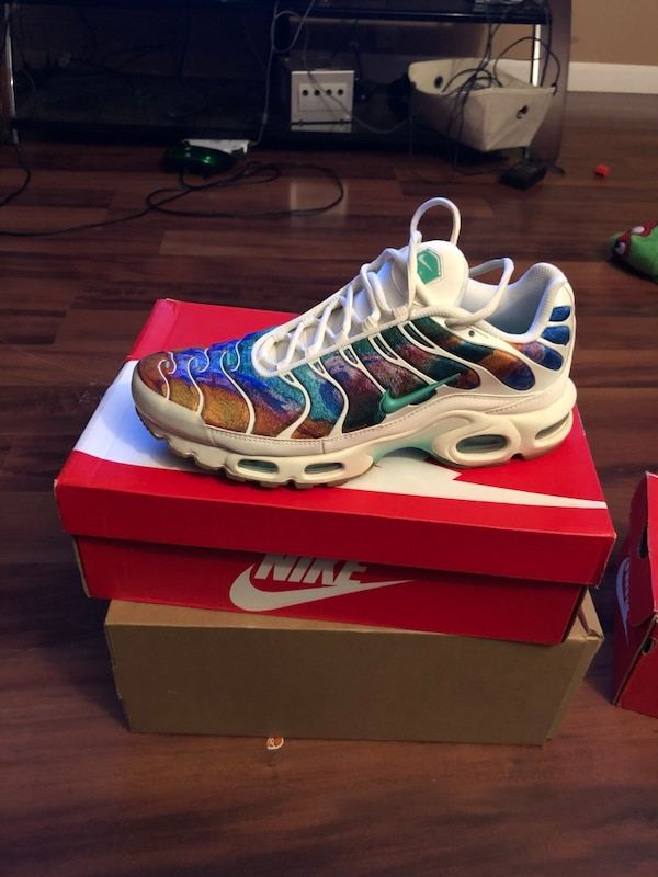 Air max plus print size 9.5