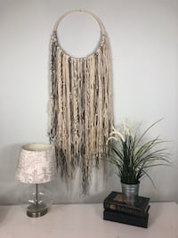 Wall hanging Overland Park, 66213