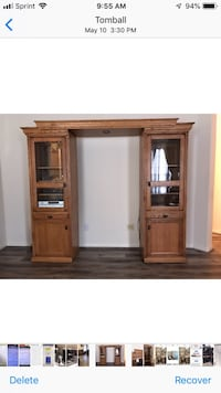 Oak entertainment center PRICE REDUCED $300 Tomball, 77375