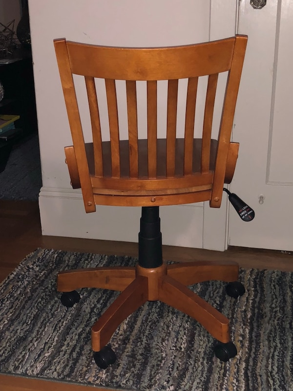 MMUST GO TODAY!!!! Wooden Windsor Armless Bankers Chair