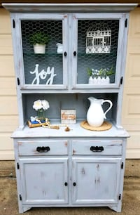 Beautiful Hand Painted Hutch / Cabinet Springfield, 22153