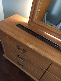Oak wood dresser with large mirror. Just need screws for mirror  Detroit