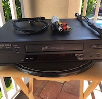 Mitsubishi vhs/ cassette player Apple Valley, 92308