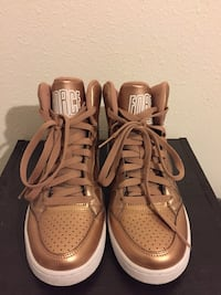 pair of brown Nike Air Max shoes Hilo, 96720