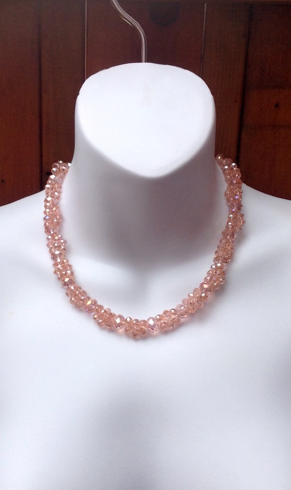 ALDO ACCESSORIES Pink Statement Necklace f0f1bfb2-22a0-4a37-a305-be8a7ba3aaf6