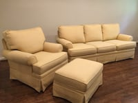 white leather 3-seat sofa and loveseat Alexandria, 22302