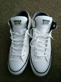 pair of white Converse All Star high-top sneakers Kent, 98032