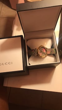 100% Real women's Gucci Watch  Miami, 33147