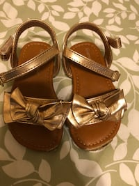 pair of brown leather open-toe sandals Palmview, 78572