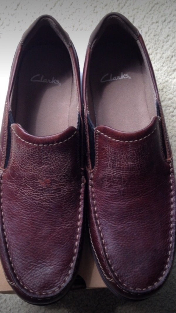 Selling brand new Clarks dress shoes!