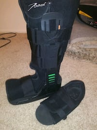 DeRoyal medical boot and shoe Laurel, 20708