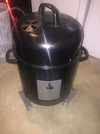 Large Smoker - used once  Fort Washington, 20744