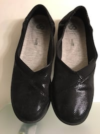 Clark's flat women's shoes size 8