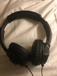 fantastic headphones! mint comdition. JVC branded Calgary