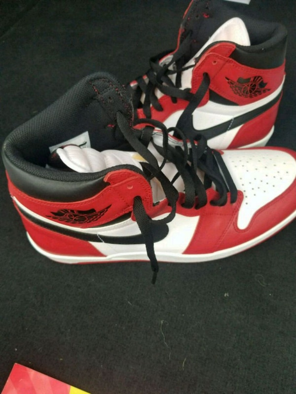 a8d651c8deb2c Used Jordan chicago 1.5white-and-red basketball shoes for sale in ...