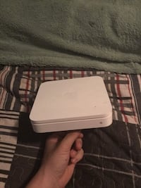 Apple airport express wifi modem Kitchener, N2P 1G9