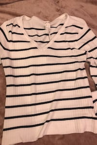 striped shirt, flattering