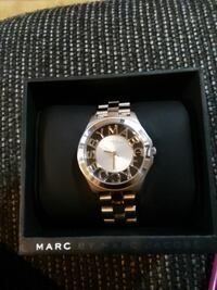 Used Women's Marc by Marc Jacobs Henry Skeleton
