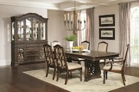 7 Pc Dining Table Set (new)