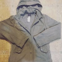 Patagonia windbreaker size M womens Vancouver