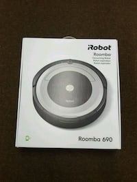 NEW Irobot Roomba 690 Vacuuming Robot